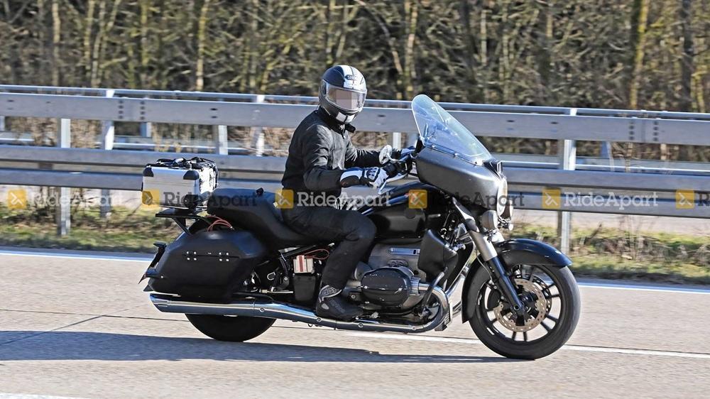 Шпионские фото BMW R18 Bagger