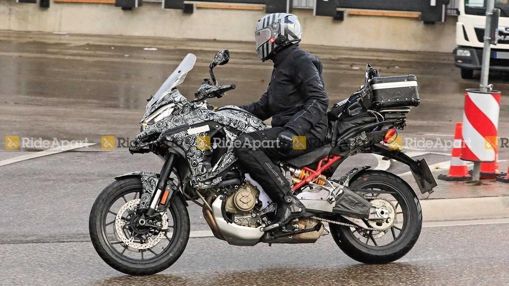 Шпионские фото Ducati V4 Multistrada 2021 года
