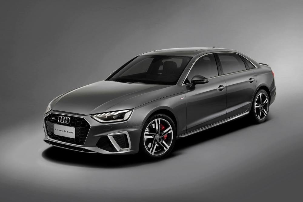 Модернизированный Audi A4L