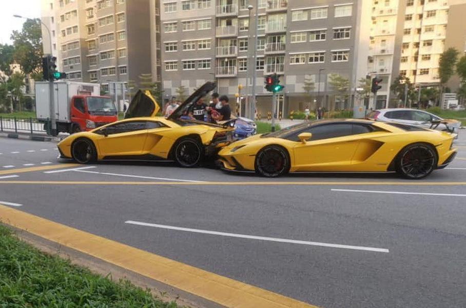 Два Lamborghini Aventador столкнулись друг с другом: фото и видео