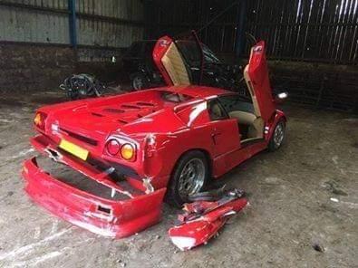 На съемках Top Gear разбили редкий 30-летний суперкар Lamborghini