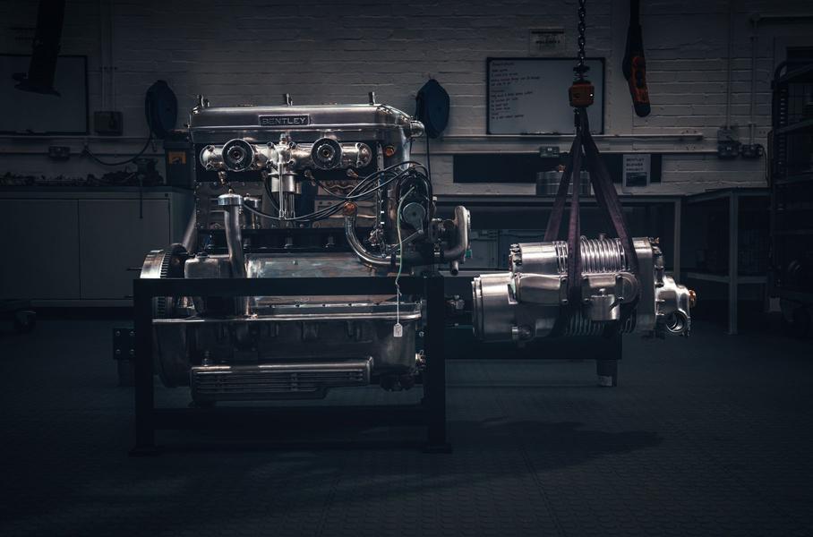 Bentley снова будет выпускать 90-летний спорткар