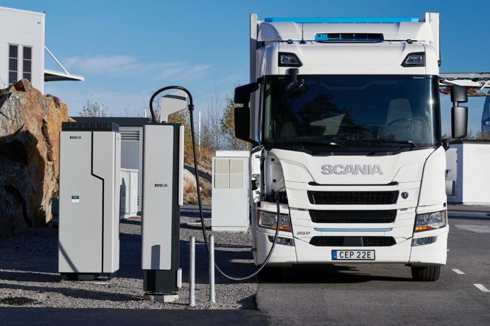 Электро-тягач Scania