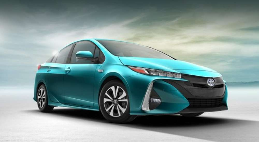 marketing objectives of toyota prius