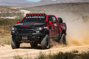 Chevrolet Colorado ZR2 Extended Cab Hall Racing