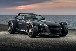 Donkervoort D8 GTO Bare Naked Carbon Edition
