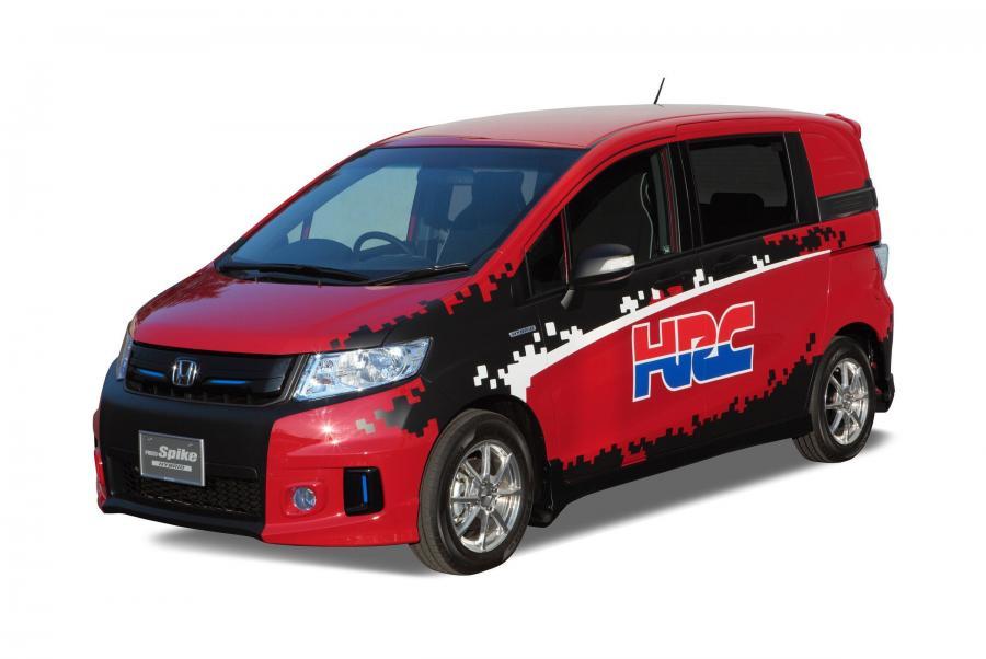 Honda Freed Spike 10гв в Минусинске, авто стоит