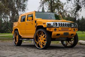 Hummer H2 SUT on Forgiato Wheels