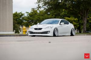 Hyundai Genesis on Vossen Wheels (VLE1)