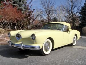 Kaiser-Darrin Roadster Yellow