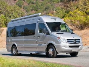 Leisure Travel Vans Free Spirit SS
