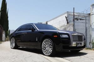 Rolls-Royce Ghost on Forgiato Wheels (Provette-M)